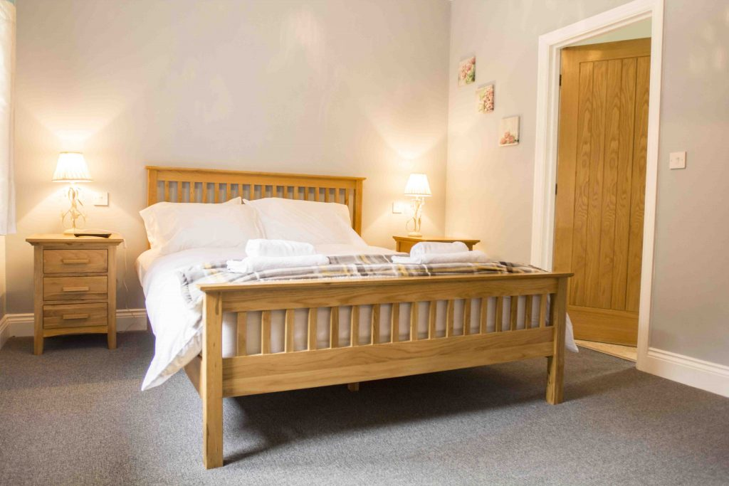 Self-catering accommodation in Northumberland, Crispin cottage double bedroom
