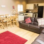 Self-catering cottage in Northumberland, Roe Deer living room and kitchen